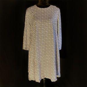Dress w/ Sleeves